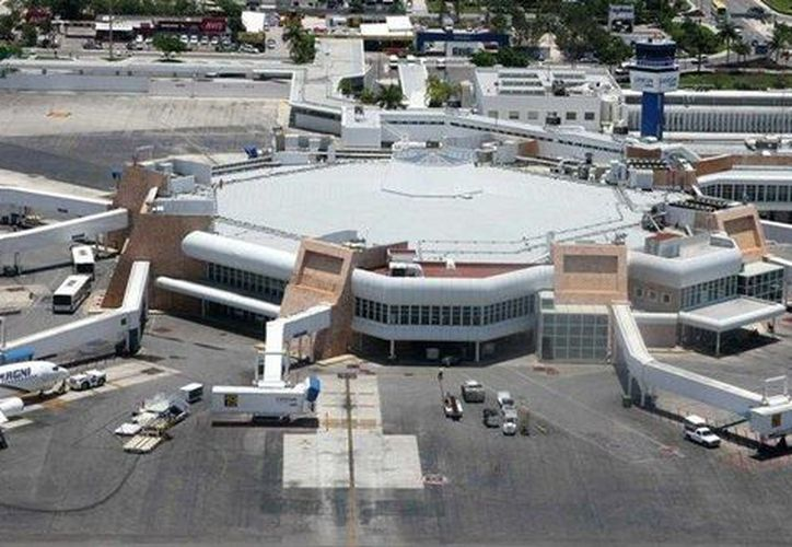 Aerolíneas árabes buscan aterrizar en el Aeropuerto Internacional de Cancún. (Contexto/Internet)
