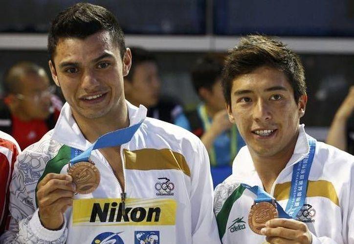 Los mexicanos olímpicos Yahel Castillo y Daniel Islas solo fueron superados por los chinos y los rusos. (mx.ibtimes.com/Contexto)