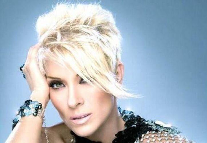 Yuri criticó las diferentes cirugías que se ha realizado Lucía Méndez, en los últimos años para lucir joven.(Notimex)