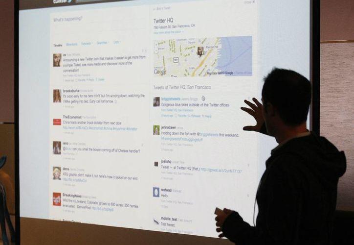 Evan Williams durante una presentación sobre los cambios en Twitter. (AP/Foto de archivo)