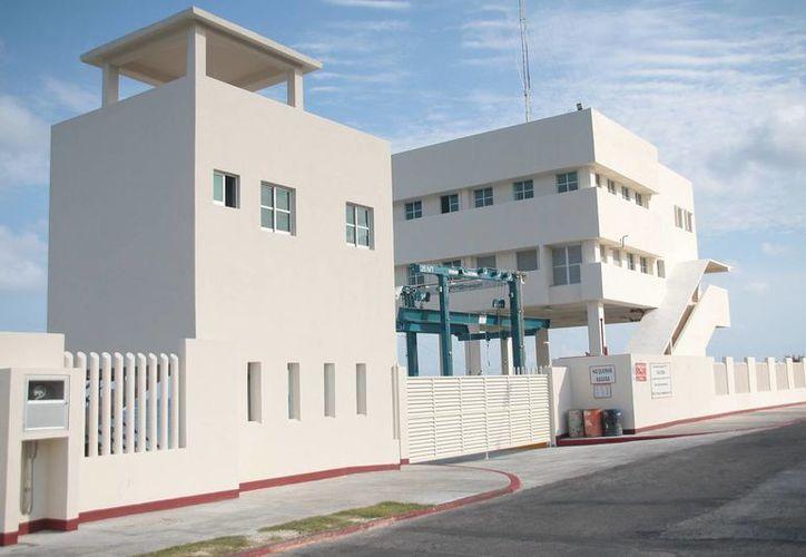La estación naval de búsqueda y rescate se ubica en la zona sur de la isla. (Julián Miranda/SIPSE)
