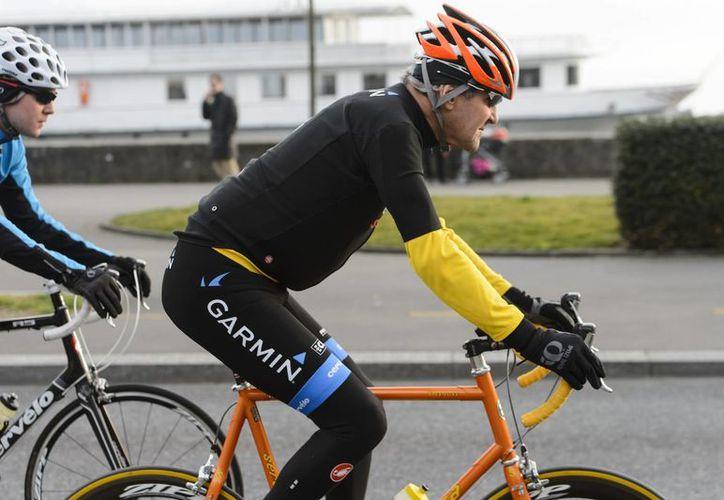 John Kerry realizaba un recorrido por la región suiza de Alta Savoya cuando sufrió un accidente. (AP)