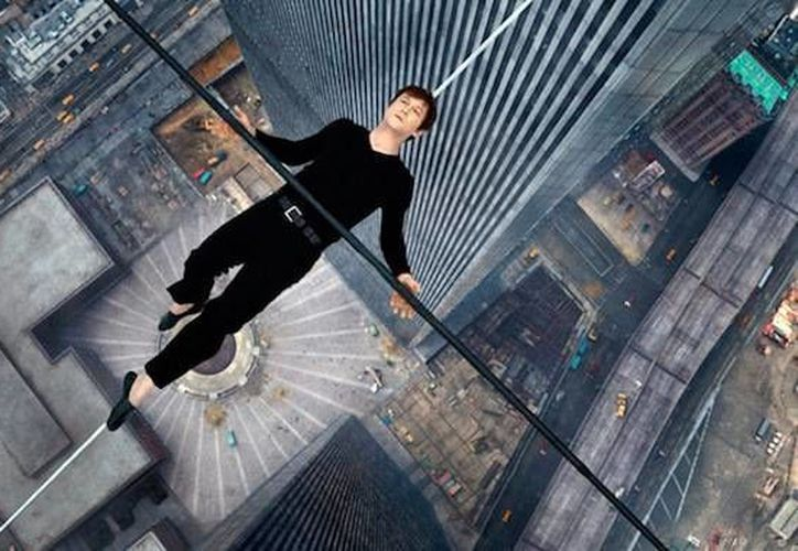 Joseph Gordon Lewitt es el protagonista del filme The Walk, de Robert Zemeckis, que inaugurará este sábado el Festival de cine de Nueva York. (cinemania.es)