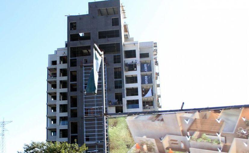 Actualmente, en la zona norte de Mérida se construyen condominios. (José Acosta/SIPSE)