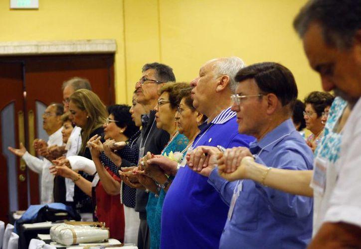 Participan en la convención obispos, sacerdotes, religiosas y laicos de México y Centroamérica. (Juan Albornoz/SIPSE)