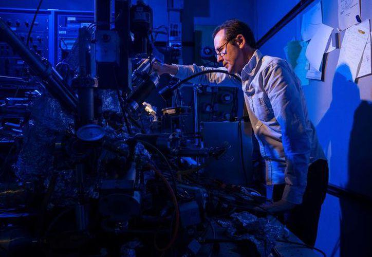 Utilizaron microscopio para almacenar la información (Foto:  IBM RESEARCH - ALMADEN)