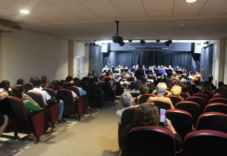 Durante el evento interpretarán piezas de grandes compositores y cantantes estadounidenses. (Faride Cetina/SIPSE)