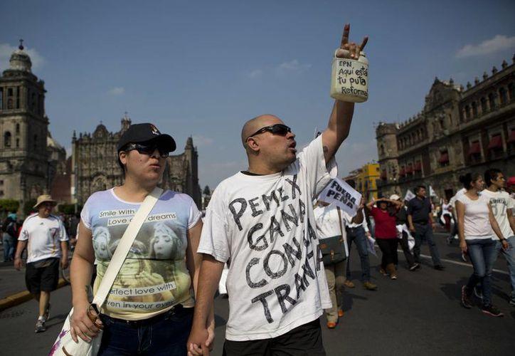 Se convocó a otra marcha para este 7 de enero en la Ciudad de México. (AP/Rebecca Blackwell)