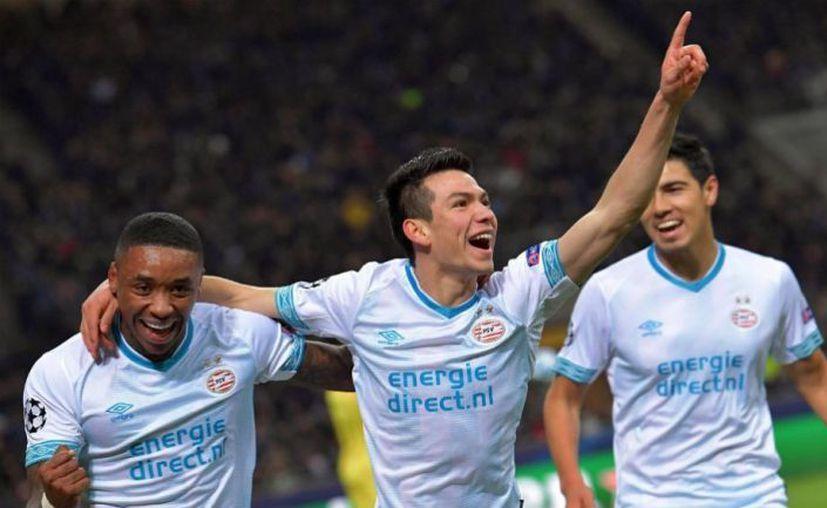 Hirving 'Chucky' Lozano (PSV Eindhoven), fue uno de los elegidos por la EUFA. (Récord)