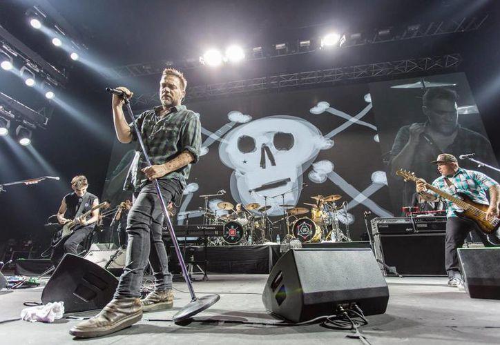 Los Fabulosos Cadillacs se encuentran promocionando su más reciente álbum 'La salvación de Solo y Juan', por diferentes ciudades del mundo.(Foto tomada de Facebook/Fabulosos Cadillacs)
