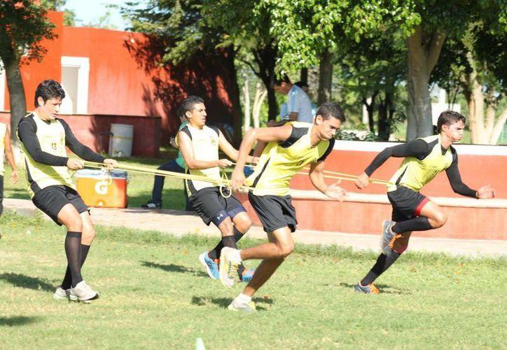 El CF Mérida entrenó el miércoles en Tamanché y hoy lo harán en el estadio Carlos Iturralde de cara al duelo del sábado contra Necaxa. (Milenio Novedades)