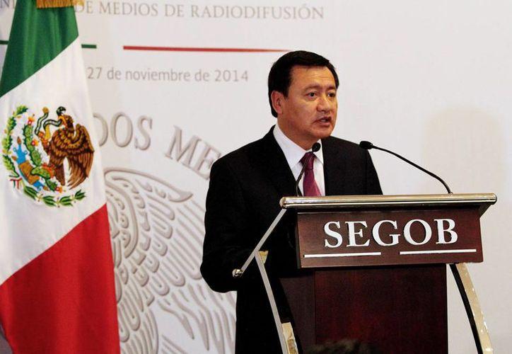 Osorio Chong, hizo un llamado para que las manifestaciones programadas para este lunes en la ciudad de México y en algunos estados, se realicen de forma tranquila. (Archivo/Notimex)
