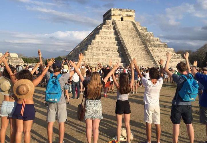 """El 'Sol en el cenit', hará """"perder"""" su sombra a las pirámides mayas en diversas zonas arqueológicas. (Milenio Novedades)"""