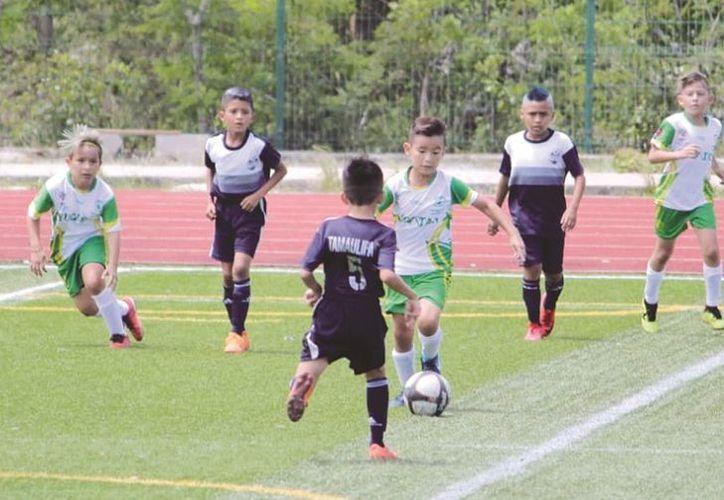 La Selección B siempre fue para adelante ante el cuadro campechano. (Foto: Novedades Yucatán)