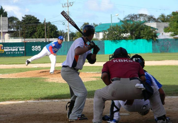 Un error del manager provoca la derrota del equipo cancunense. (Ángel Mazariego/SIPSE)