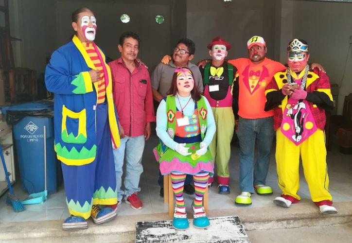 Los payasos de Tulum se dijeron preparados para la diversión. (Sara Cauich/ SIPSE)