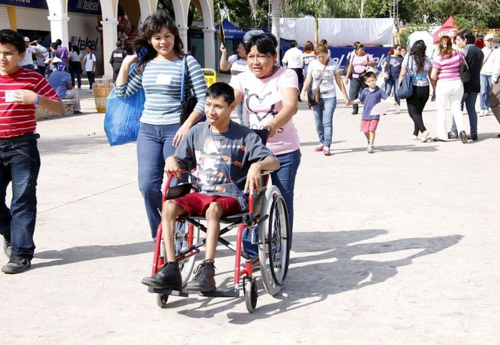 Fomentan la integración social de jóvenes discapacitados. (Antonio Sánchez/SIPSE)
