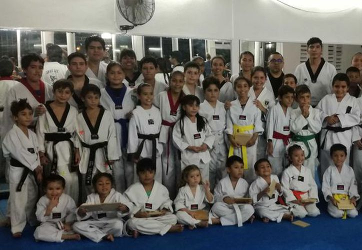 Los alumnos de la escuela Lobos Kinik arrancaron con el nuevo proceso clasificatorio. (Raúl Caballero/ SIPSE)