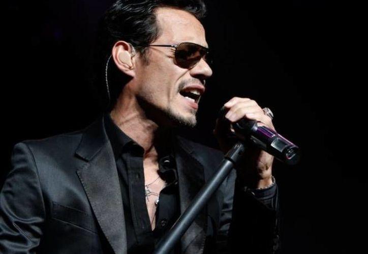 """El puertorriqueño había cancelado unas fechas de su gira """"Vivir mi Tour 2014"""", debido a que fue diagnosticado con laringitis. (gruporivas.com.mx)"""