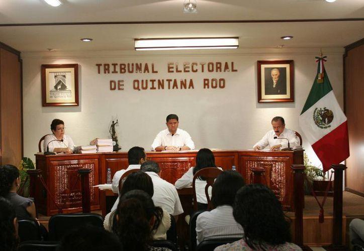 El PRD impugnará la sentencia emitida del Teqroo. (Harold Alcocer/SIPSE)