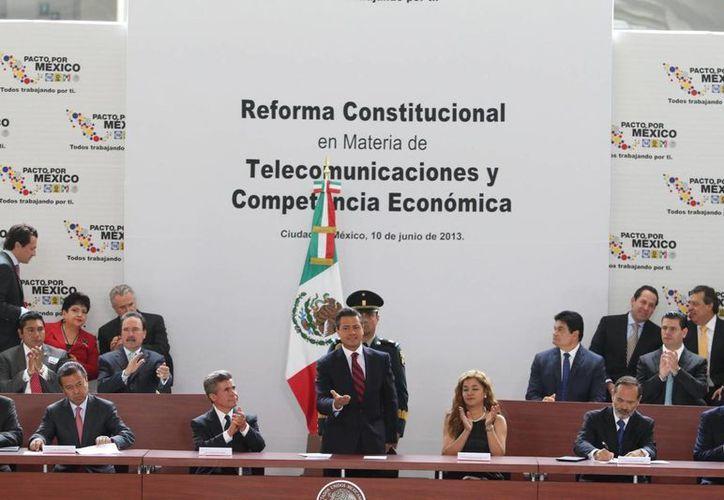 El presidente Peña Nieto destacó que la reforma en Telecomunicaciones hará más competitivo al país. (Notimex)
