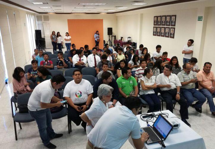 La información general de sus actividades las publican en sus redes sociales. (Daniel Pacheco/ SIPSE)