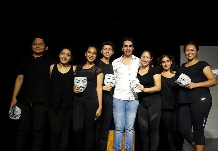 La obra fue montada por los integrantes del grupo Taller La Libélula. (Foto: Redacción)