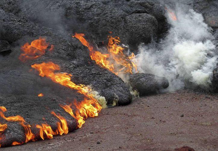 La lava del volcán Kilauea comenzó a correr desde el pasado mes de junio. (AP)
