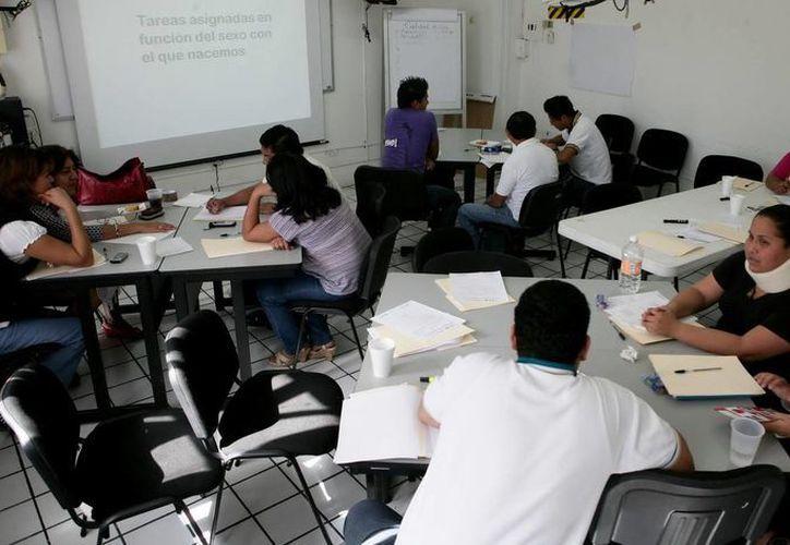 Entre enero y junio  de este año el ICAT aplicó 229 evaluaciones de competencia laboral. (Redacción/SIPSE)