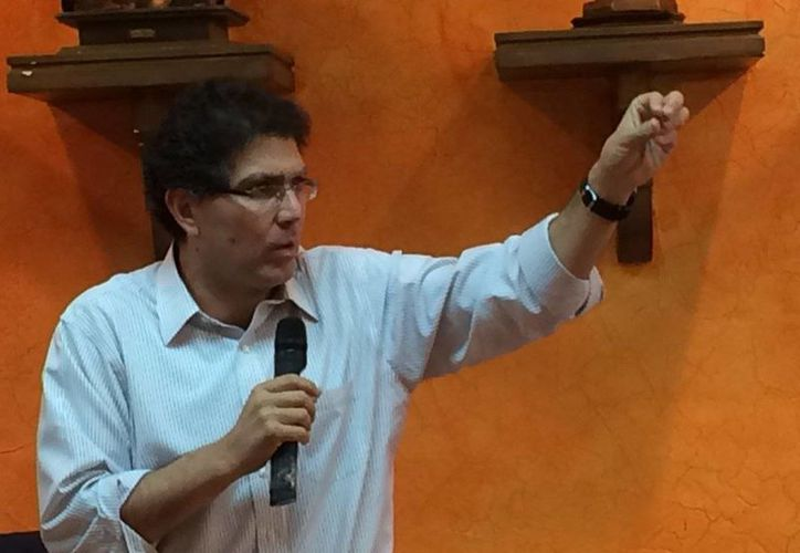 El senador Armando Ríos Piter presentará este día su renuncia como militantes del PRD. (@RiosPiterJaguar)