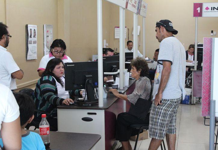 En total son 11 mil 188 documentos que no han sido reclamados, a 26 días de que concluya el plazo. (Joel Zamora/SIPSE)
