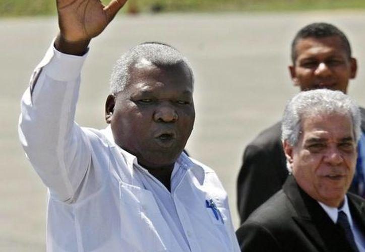 Esteban Lazo Hernández (c), es uno de los hombres fuertes del Partido Comunista de Cuba. (EFE)