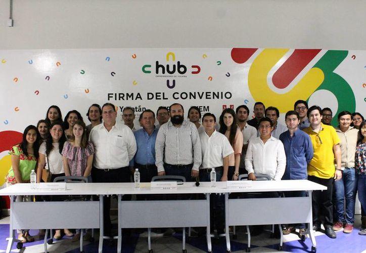 El Instituto Yucateco de Emprendedores dará impulso a proyectos de jóvenes emprendedores de la Universidad Marista. (Foto cortesía del Gobierno)