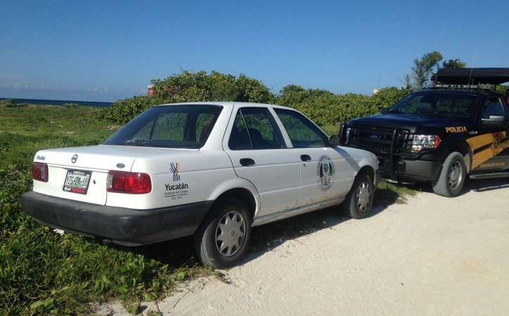 Esta es la zona donde fue hallado el cuerpo de una mujer amarrada y muerta, en Telchac Puerto. Hasta ahora no está identificada y no hay detenidos. (Gerardo Keb/SIPSE)