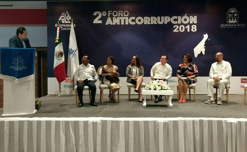Ayer se llevó a cabo en el Centro de Convenciones de Cancún el segundo Foro Anticorrupción organizado por la Confederación Patronal de la República Mexicana. (Jesús Tijerina/SIPSE)
