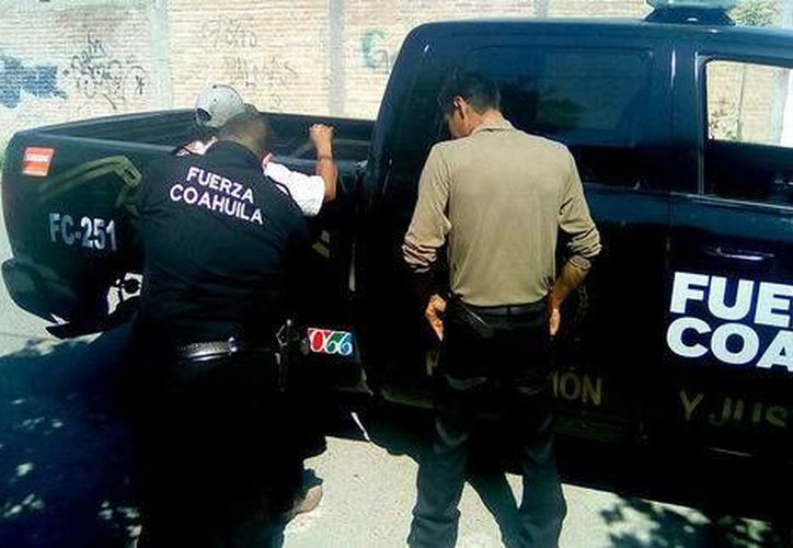 La detención del joven de 22 años se realizó en la colonia Leandro Valle de Monclova, Coahuila. (Milenio Digital)
