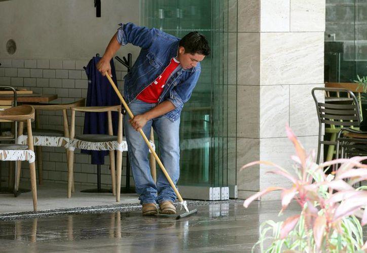 La delegación de Puerto Aventuras ofrece bolsa de trabajo. (Adrián Monroy/SIPSE)