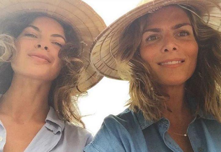 La conductora viajó a diversos lugares con su novia Yaya Kosikova. (Foto: Instagram/montserrat33)