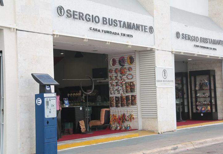 La exgerente de la joyería Sergio Bustamente fue detenida por el delito de robo.  (Redacción/SIPSE)