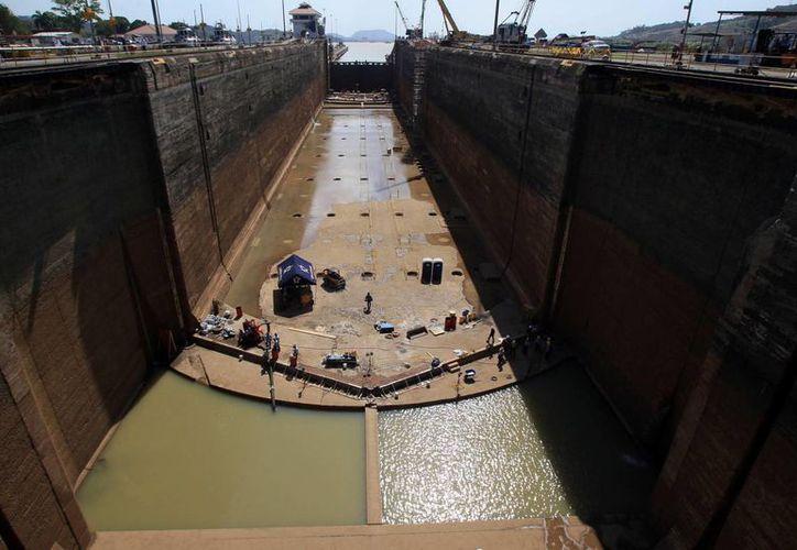 Se espera que los trabajos de ampliación del Canal de Panamá, que iniciaron en 2007, culminen por fin este 2016. (EFE/Archivo)