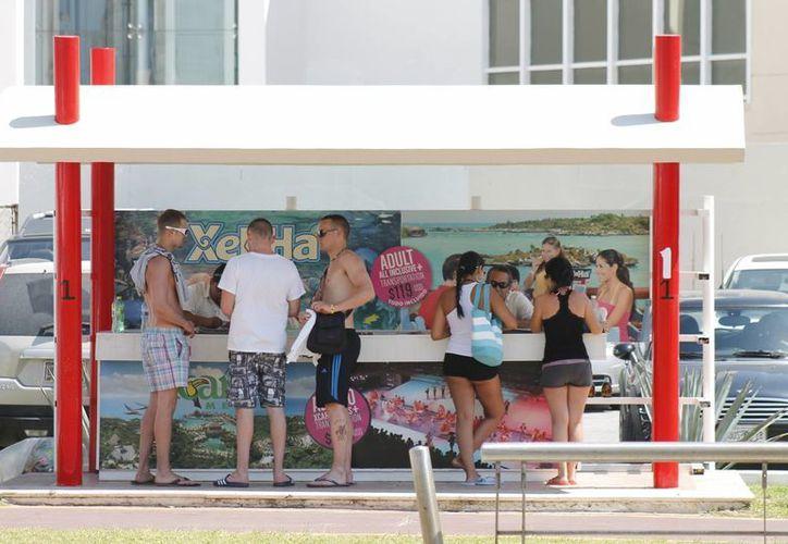 Turistas nacionales y extranjeros pueden reportar anomalías en los servicios turísticos ante la procuraduría. (Jesús Tijerina/SIPSE)