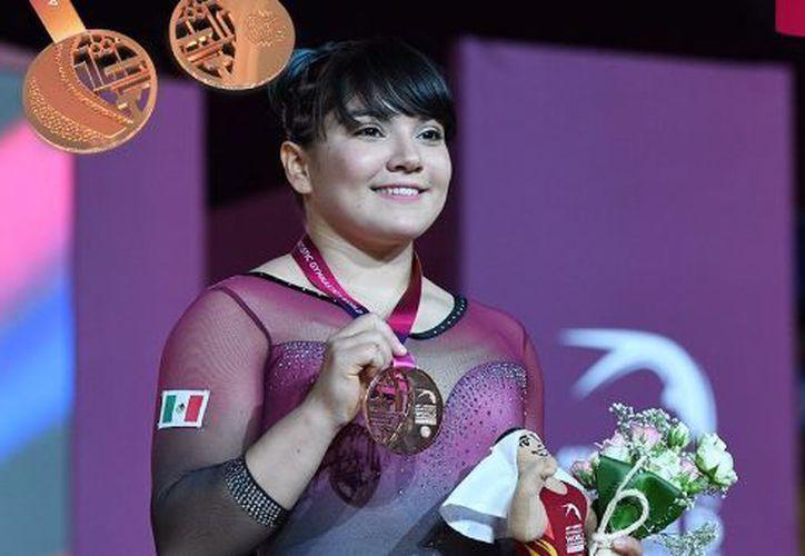 La mexicana se quedó muy cerca de la puntuación de la canadiense Shallon Olsen. (Twitter)