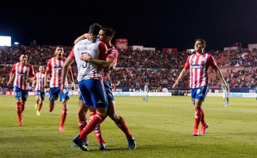 Nicolás Ibáñez fue la gran figura con su doblete (Fotos: @AtletideSanLuis)