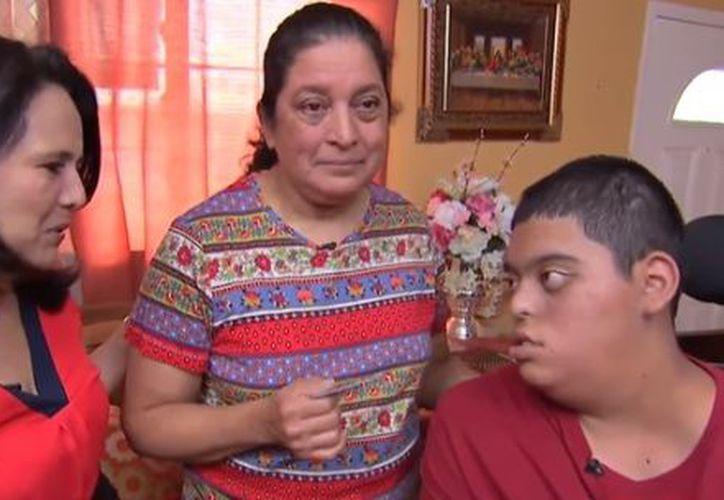 Una hondureña inmigrante en Estados Unidos recibió un milagro de navidad. (Contexto)