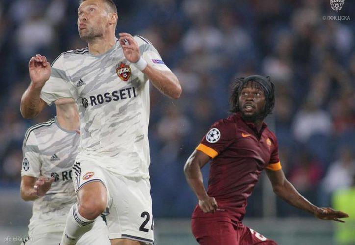 En su debut en la Liga de Campeones el CSKA perdió 1-5 ante el Roma en el estadio Olímpico, escenario donde la afición moscovita dejó mucho que desear. (pfc-cska.com)