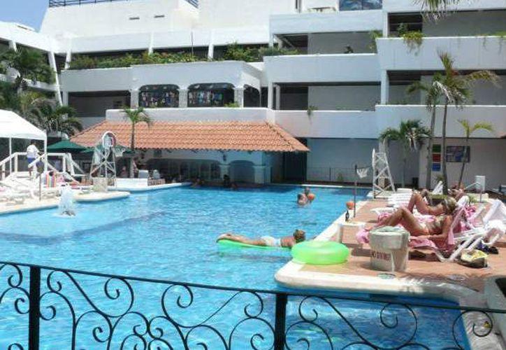 Califican las excelentes instalaciones del hotel. (Israel Leal/SIPSE)