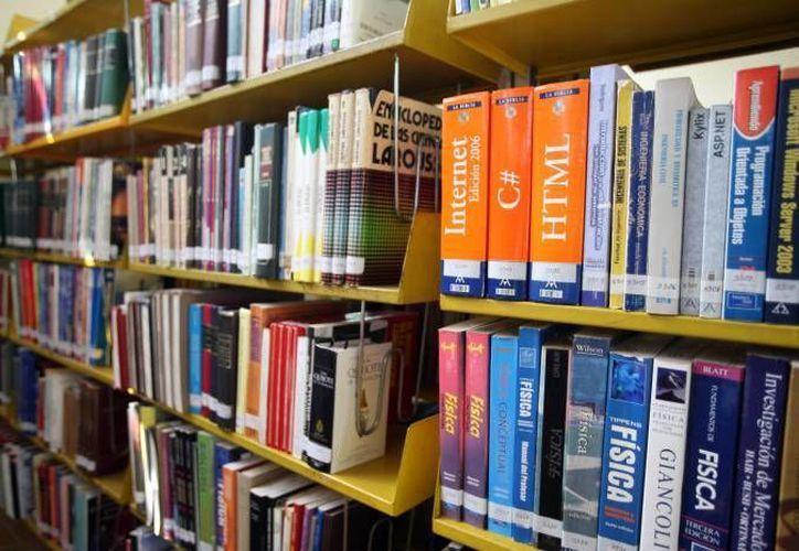 Promueven el uso de las bibliotecas públicas. (Redacción/SIPSE)
