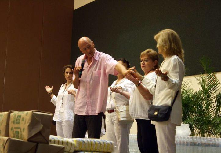 René Mey impartirá talleres en Mérida para el auxiliar en los tratamientos para la salud. (Milenio Novedades)