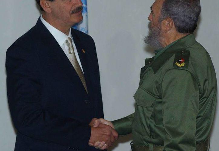 Imagen de archivo del encuentro que tuvieron los expresidentes Vicente Fox y Fidel Castro en Monterrey, Nuevo Léon, en 2012. (Guillermo Gonzale)