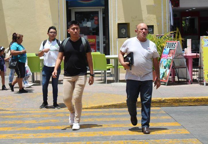 Las temperaturas máximas oscilarían entre los 29 y 33 grados en los tres estados de la Península. (José Acosta)
